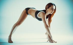 Обои woman, pose, yoga, sportswear, elongation