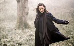 Картинка nature, woman, autumn, coat, scarf