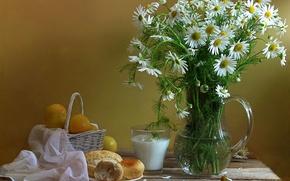 Картинка цветы, стакан, ромашки, молоко, кувшин, натюрморт, корзинка, сливы, булочка