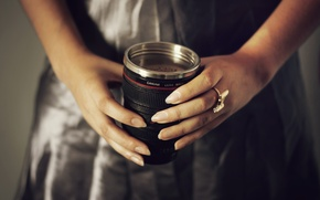 Картинка пена, кофе, руки, кольцо, кружка