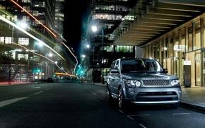 Картинка ночь, город, стоянка, Land Rover, Range Rover, Sport