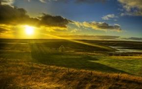Картинка поле, трава, солнце, лучи, свет, природа, дом, пейзажи, утро
