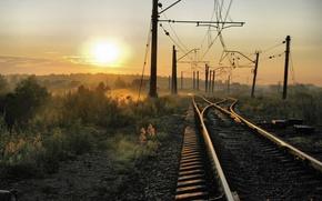 Обои Солнце, Дома, Туман, Провода, Железная дорога, Пути