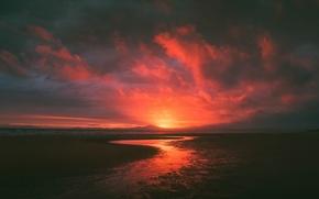 Картинка beach, sunset, mountains, silhouette, stream, clouded