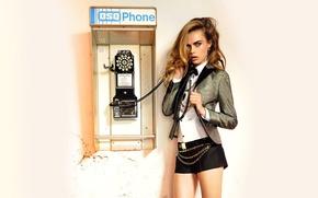 Картинка взгляд, модель, волосы, актриса, блондинка, телефон, cara delevingne