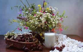 Картинка лето, вишня, стакан, букет, молоко, натюрморт, полевые цветы