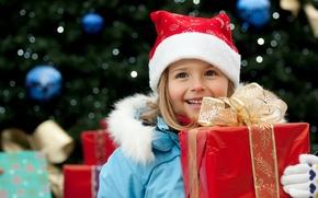 Картинка дети, улыбка, праздник, коробка, подарок, новый год, куртка, девочка, лента, перчатки, new year, бант, красная, …