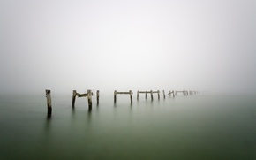 Картинка туман, озеро, дерево, столбы, wood, lake, fog, pillars
