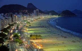 Картинка дорога, песок, море, пляж, свет, горы, машины, ночь, дома, высотки, Copacabana