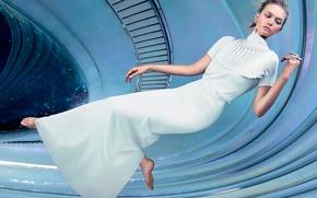 Картинка космический корабль, невесомость, Vogue, Джемма Уорд, Gemma Ward