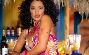 Картинка взгляд, ретро, модель, сигара, Playboy, 2002, Christina Santiago