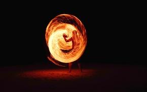 Картинка fire, night, man, blur, guy, long exposure, whirl