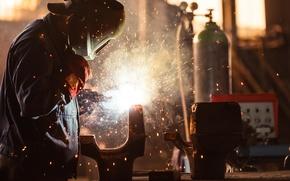 Картинка sparks, protective equipment, hot metal, welder