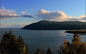 Картинка осень, небо, облака, деревья, горы, река, Природа, sky, trees, nature, autumn, mountain