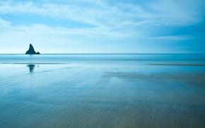 Картинка море, небо, вода, пейзаж, природа, отражение, фон, голубой, widescreen, обои, камень, wallpaper, широкоформатные, background, полноэкранные, …