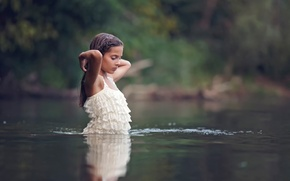 Картинка девочка, в воде, Veselina Alexandrova