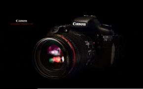 Картинка фотоаппарат, черный фон, Canon, EF 100mm F2.8L macro Hybrid IS, EOS 7D