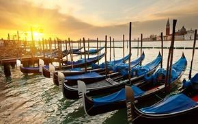 Картинка солнце, восход, пристань, утро, канал, венеция, италия, гондолы, Sunrise Venice