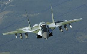 Картинка вид спереди, ВВС России, МиГ-29СМТ, MiG-29SМТ, поколения 4+, истребитель, многофункциональный, полет, ракеты, бомбы