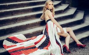 Картинка девушка, поза, стиль, ноги, модель, платье, лестница, туфли