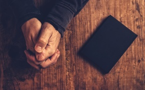 Картинка faith, book, hands, justice, fingers