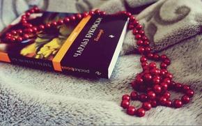Картинка красный, серый, бусы, книга, голливуд, чарльз, буковски