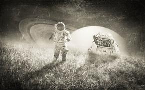 Обои звезды, трава, небо, поле, ночь, фантастика, капсула, планета, астронавт, черно-белое, свет, скафандр, креатив