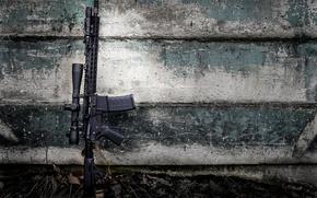 Картинка оружие, стена, карабин, штурмовая винтовка