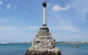 Обои Севастополь, город, море, Россия, памятник затопленным кораблям, вода, герой, Крым, небо, памятник