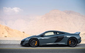 Обои McLaren 675LT, горы, суперкар, sports car, дорога