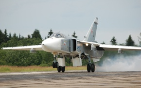 Картинка бомбардировщик, посадка, Су-24, Fencer, Фехтовальщик, на землю