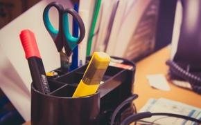 Картинка ручки, ножницы, Рабочий стол