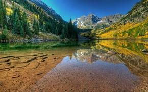Картинка осень, вода, прозрачность, озеро, камни, гора