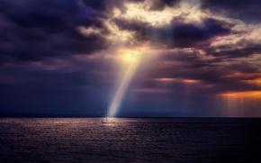 Картинка море, небо, тучи, пасмурно, яхта, сумерки, лучи солнца