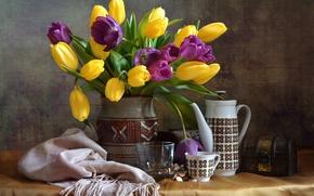 Картинка цветы, шарф, чайник, чашка, тюльпаны, ваза, натюрморт, сундучок