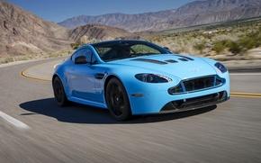 Картинка дорога, голубой, Aston Martin, скорость, Vantage, V12, астон мартин авто