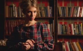 Картинка модель, книги, Юлия Сунцова