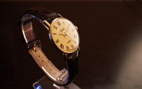 Картинка Часы, черно-белое, винтаж, ретро часы, советские часы, советское, винтажные часы, luch watches, часы луч