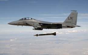 Картинка небо, авиация, земля, обои, бомба, ракета, кабина, самолёт, сша, пилоты, F-15, ввс