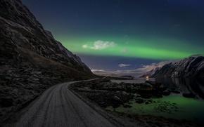 Картинка дорога, небо, облака, ночь, скалы, северное сияние, Норвегия, Лофотенские острова