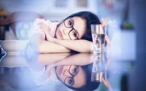 Картинка взгляд, очки, девочка