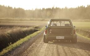 Картинка дорога, солнце, тень, Volkswagen, колеса, сзади, задние фонари, Caddy, сельская местность 2