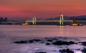 Картинка мост, горы, дома, опора, залив, south korea, город, огни, ночь, камни