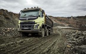 Картинка дорога, камни, пыль, Volvo, грузовик, вольво, 2013, карьер, FMX, 8x4, спецтехника, самомвал