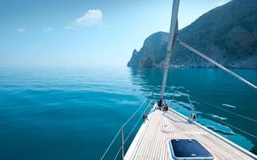 Обои штиль, берег, яхта, скалы, Греция, море