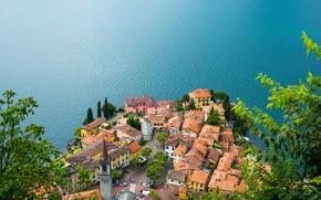 Обои Lake Como, Varenna, Ломбардия, Италия, панорама, крыши, Варенна, озеро, здания, Lombardy, рябь, озеро Комо, Italy