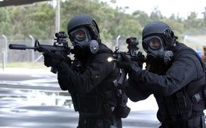 Картинка оружие, противогаз, Солдаты, шлем, прицел, бойцы, спецназ, мп5