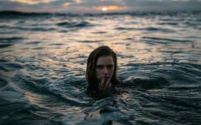 Обои Marta, девушка, Jesse Herzog, в воде