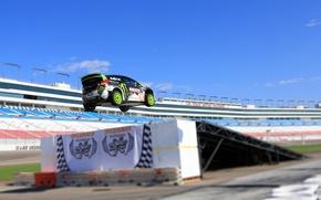 Картинка Ford, Авто, Машина, Скорость, Люди, Форд, День, Ken Block, Rally, Fiesta, rallycross, Трибуна, В Воздухе, ...