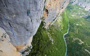 Обои скала, река, человек, высота